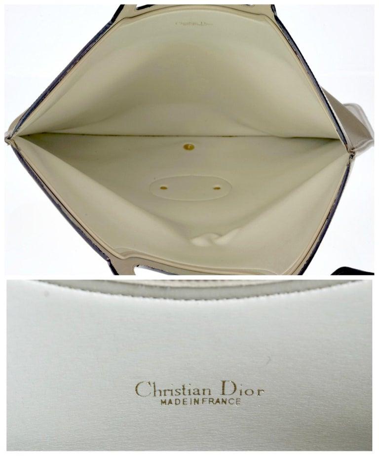Vintage CHRISTIAN DIOR Logo Foldable Envelope Leather Clutch Bag For Sale 4
