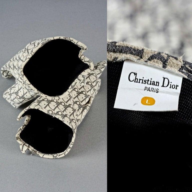 Vintage CHRISTIAN DIOR Monogram Logo Leather Gloves For Sale 6