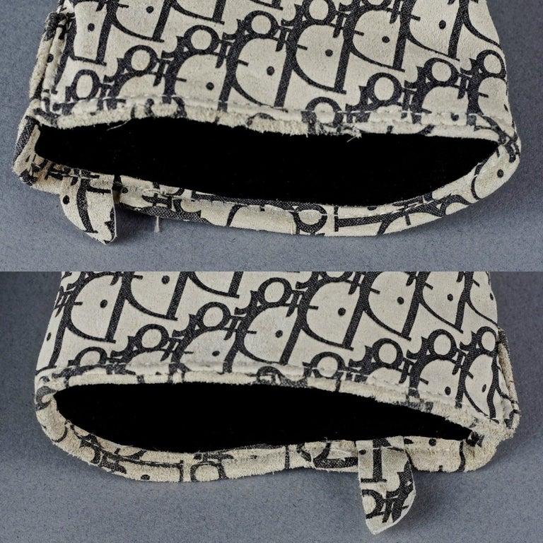 Vintage CHRISTIAN DIOR Monogram Logo Leather Gloves For Sale 5
