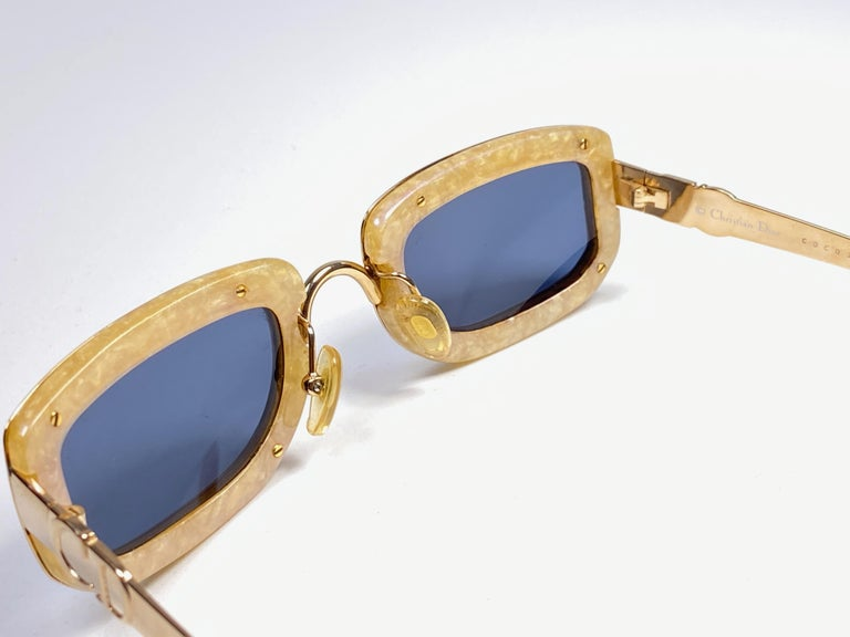 Vintage Christian Dior Oval Gold Small Grey Optyl Sunglasses 1990 In New Condition For Sale In Amsterdam, Noord Holland