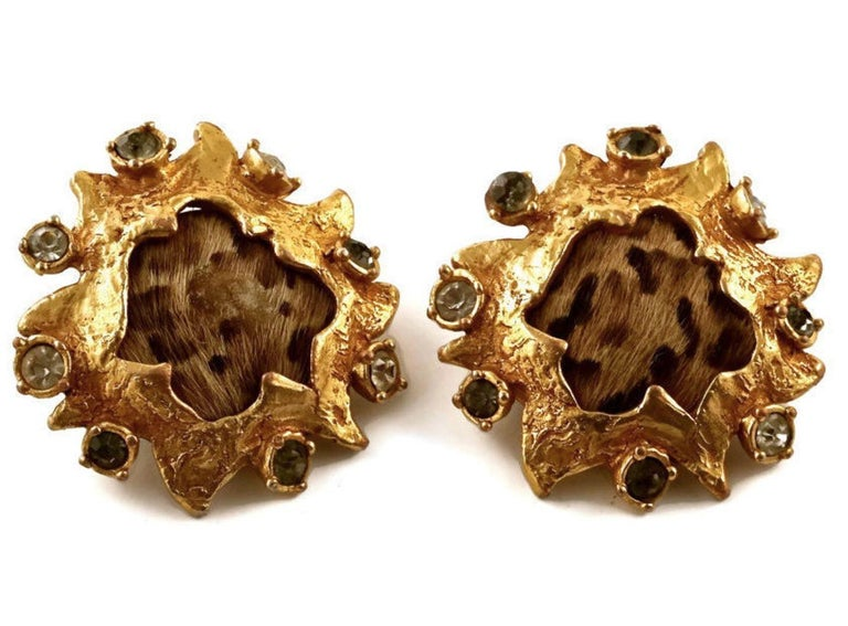 Vintage CHRISTIAN LACROIX Leopard Pony Hair Baroque Earrings  Measurements: Height: 1 7/8 inches (4.76 cm) Width: 1 6/8 inches (4.44 cm)  Features: - 100% Authentic CHRISTIAN LACROIX. - Baroque style earrings with clear and gray rhinestones. -