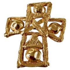 Vintage CHRISTIAN LACROIX Openwork Textured Gilt Cross Pendant Brooch