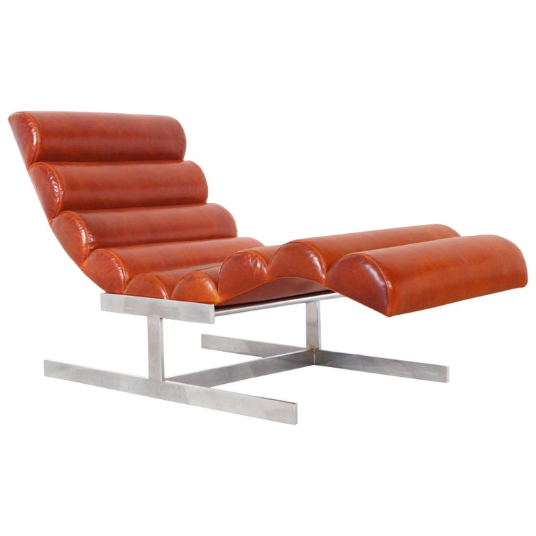 """Vintage Chrome and Leather """"Wave"""" Chaise Lounge Attributed to Milo Baughman For Sale"""