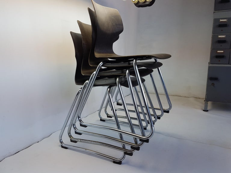 Mid-Century Modern Vintage Chrome Dinning Chairs by Adam Stegner for Flötotto, 1960s, Set of Four For Sale