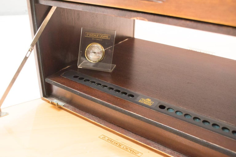 Vintage Cigar Humidor from 5th Avenue, 1970s For Sale 12