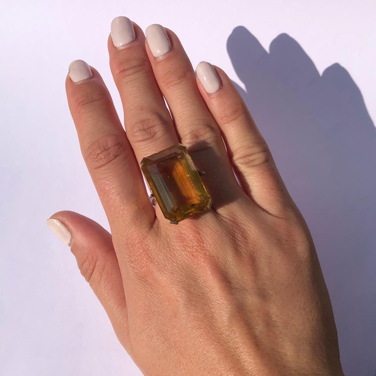 Vintage Citrine and 9 Carat Gold Cocktail Ring In Good Condition In Chipping Campden, GB