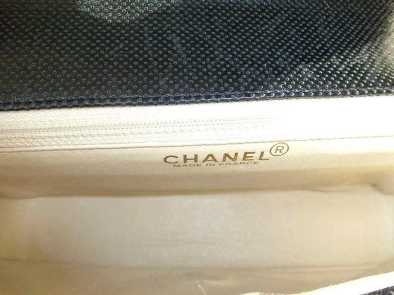 Vintage classic CHANEL bag calf skin black/white 1990/95  For Sale 4