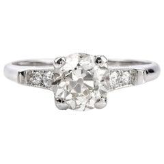 Vintage Classic Diamond Platinum Engagement Ring