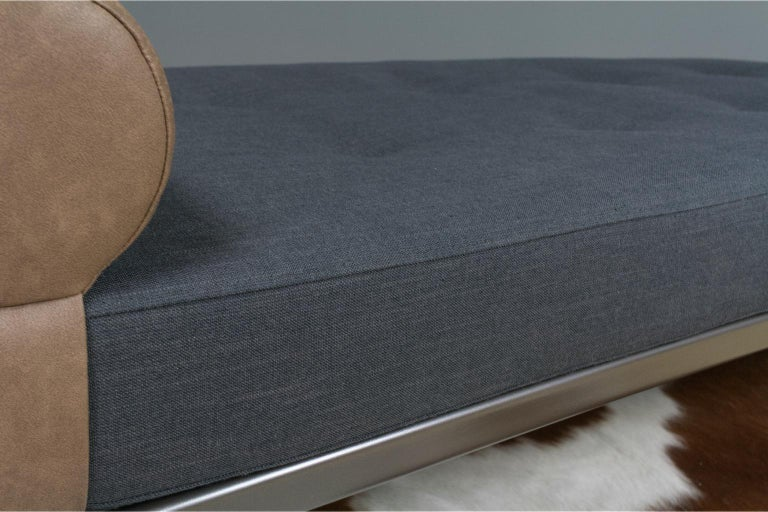 Vintage Cleopatra Daybed by Andre Cordemeyer in Charcoal Grey Linen, 1953 In Excellent Condition For Sale In Beek en Donk, NL