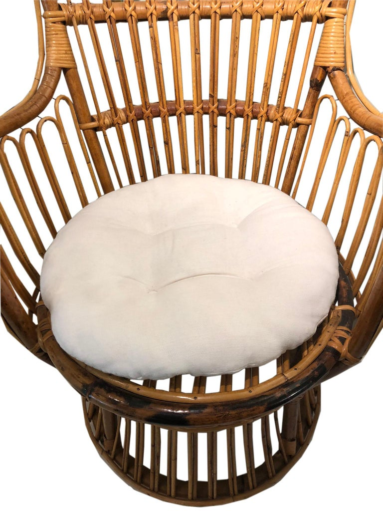 Vintage Coastal Rattan Chair with New Upholstered Cushion In Good Condition For Sale In Wichita, KS