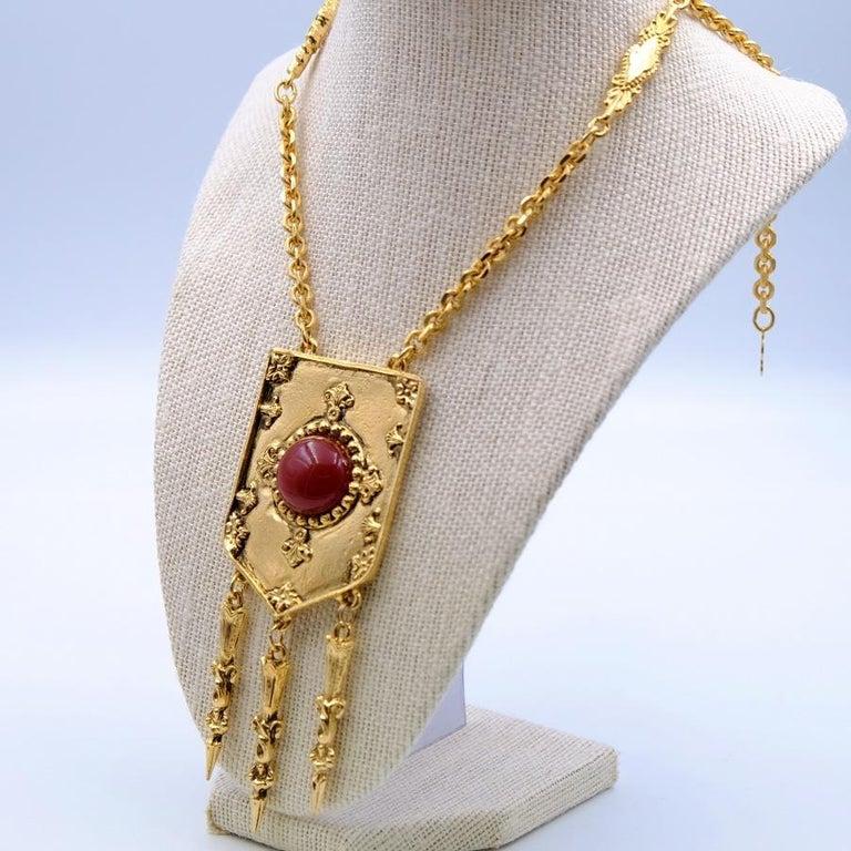 Year: 1970 Hallmark: Accessocraft N.Y.С. Dimensions: chain L 17.32 in (adjustable), pendant H 4.72 in Materials: base metal, faux gemstones
