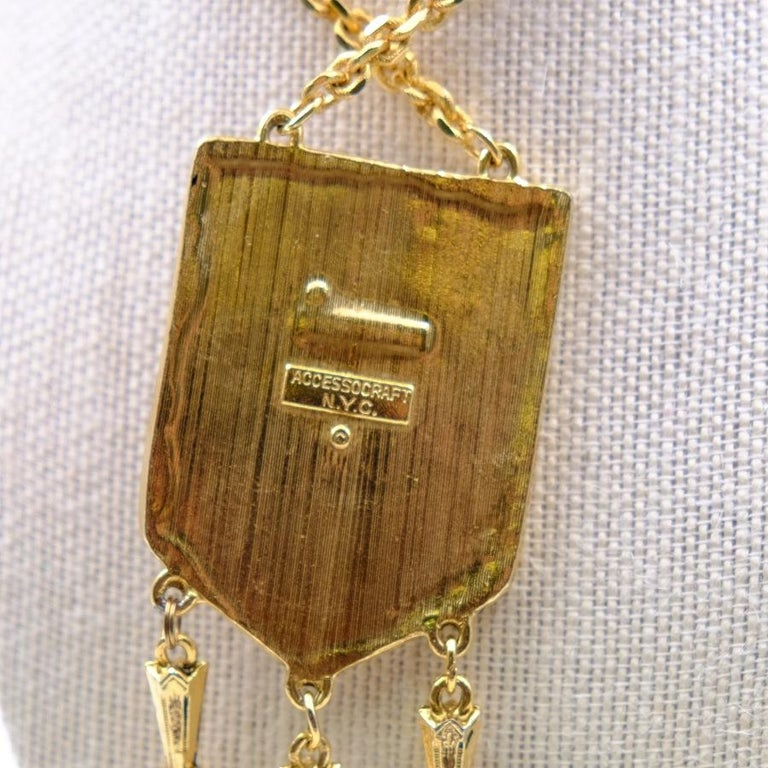 Women's or Men's Vintage Coat of Arms Necklace by Accessocraft N.Y. 1970s For Sale