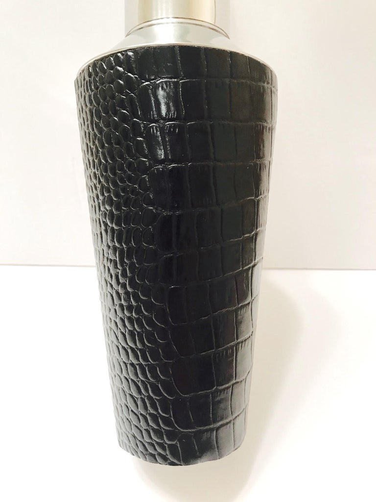 Vintage Cocktail Shaker in Croc Embossed Leather and Stainless Steel For Sale 1