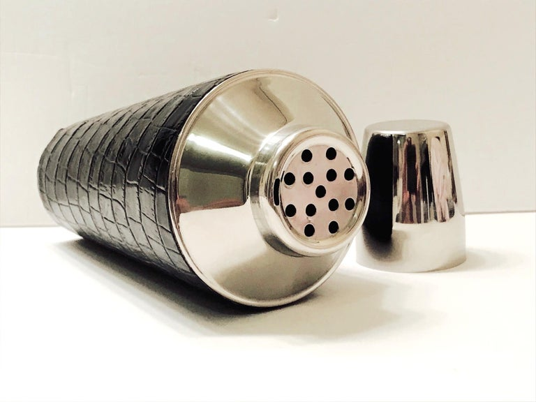 Vintage Cocktail Shaker in Croc Embossed Leather and Stainless Steel For Sale 2