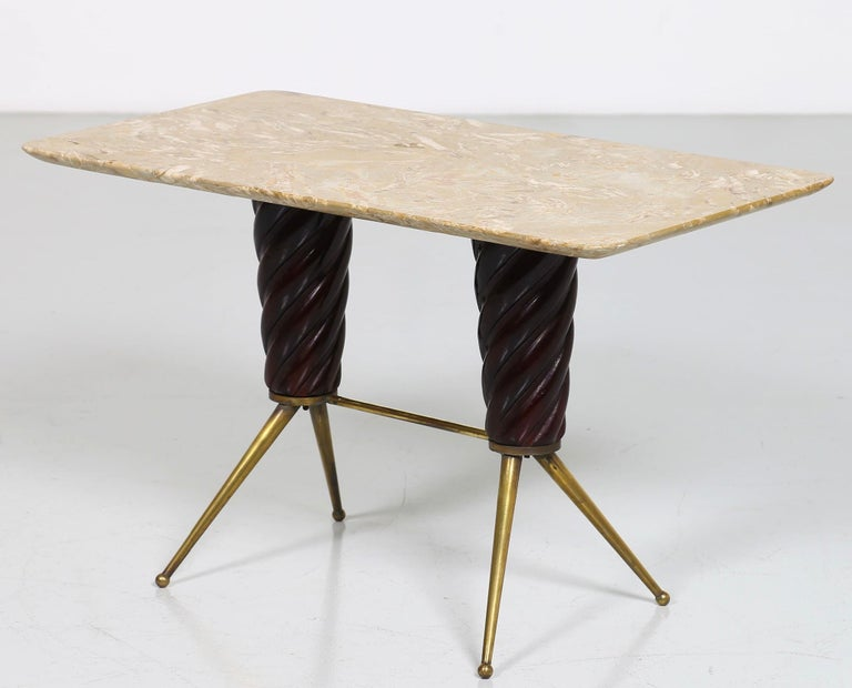 Vintage Coffee Table in Marble, Leather and Brass, Italian Manufacture, 1960s For Sale 3