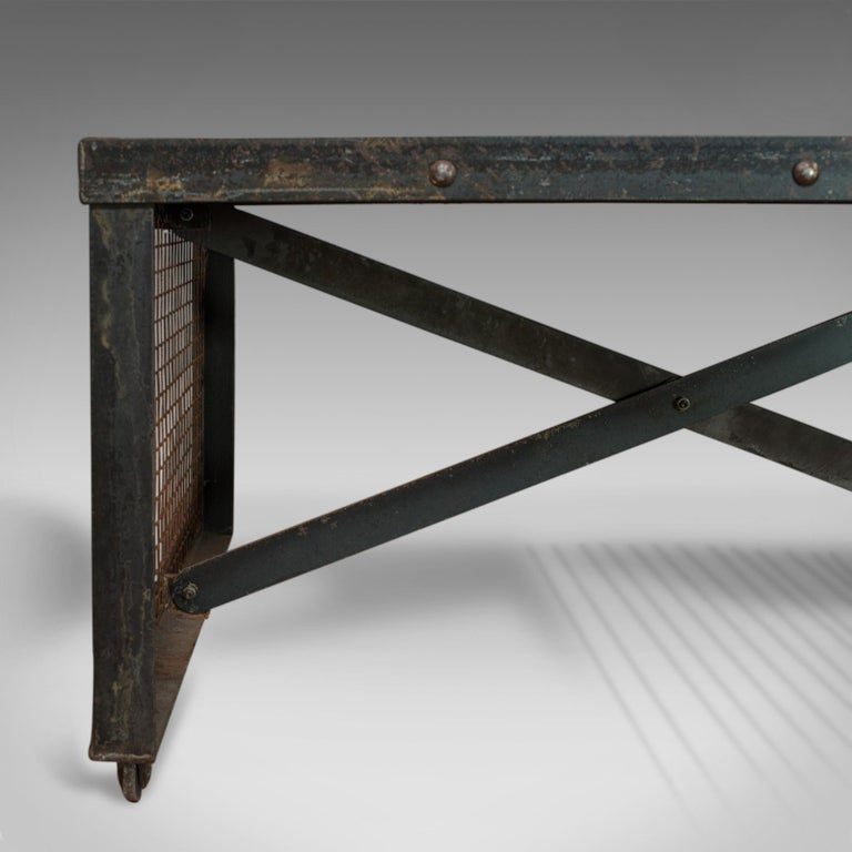 Vintage Coffee Table, Industrial Taste, English, Steel, Oak, 20th Century For Sale 3