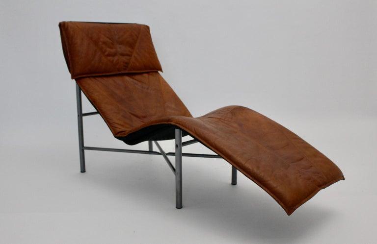 Metal Vintage Cognac Leather Chaise Longue by Tord Bjorklund Sweden, 1970 For Sale