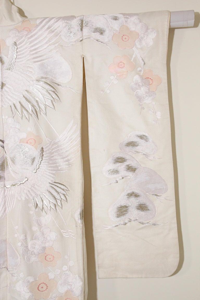 Vintage Collectable Japanese White Silk Ceremonial Wedding Kimono For Sale 5