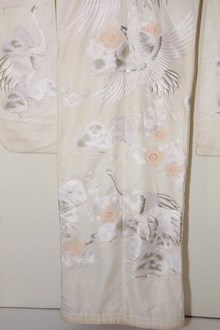 Vintage Collectable Japanese White Silk Ceremonial Wedding Kimono For Sale 6