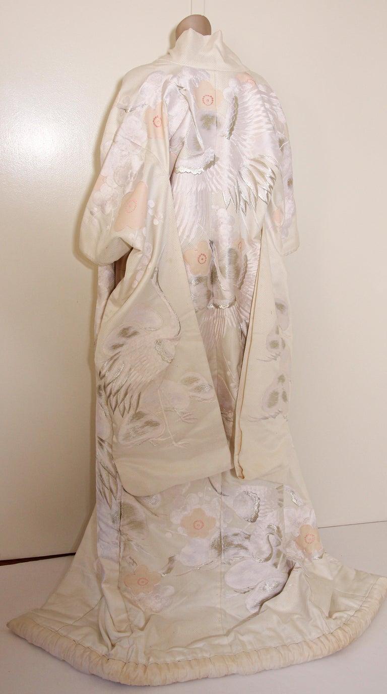 Vintage Collectable Japanese White Silk Ceremonial Wedding Kimono For Sale 12