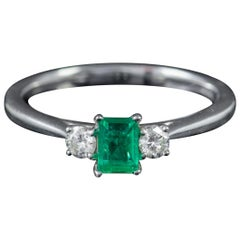 Vintage Colombian Emerald Diamond Trilogy Ring 18 Carat Gold Emerald, circa 1962