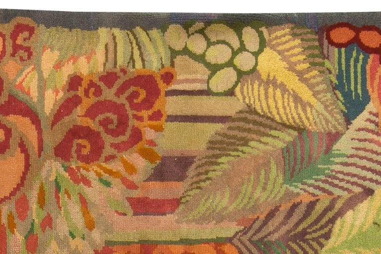 Vintage Colorful Floral French Art Deco Handmade Wool Rug In Good Condition For Sale In New York, NY