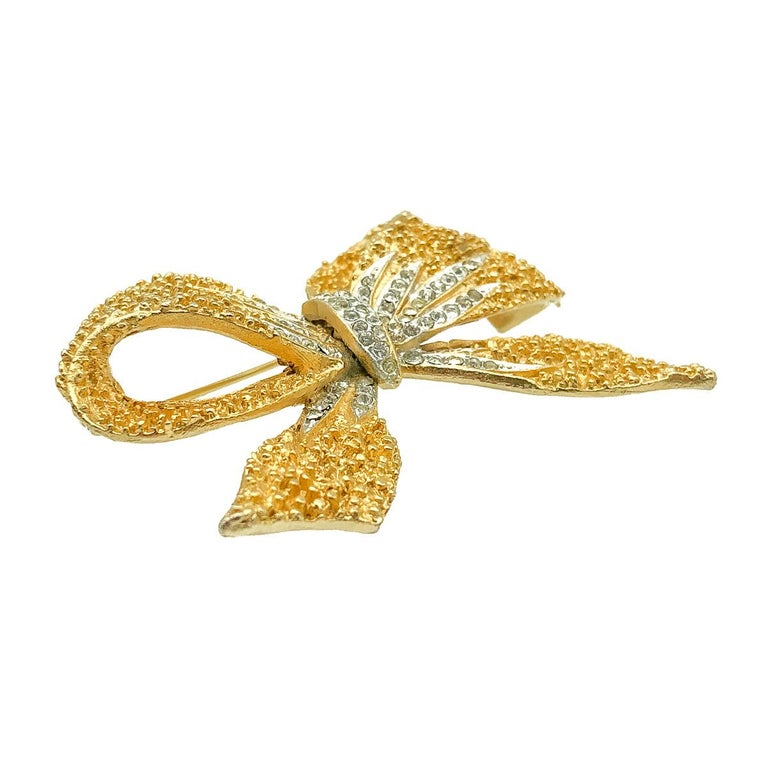 Vintage Corocraft Floppy Bow Brooch 1960s In Good Condition For Sale In Wilmslow, GB