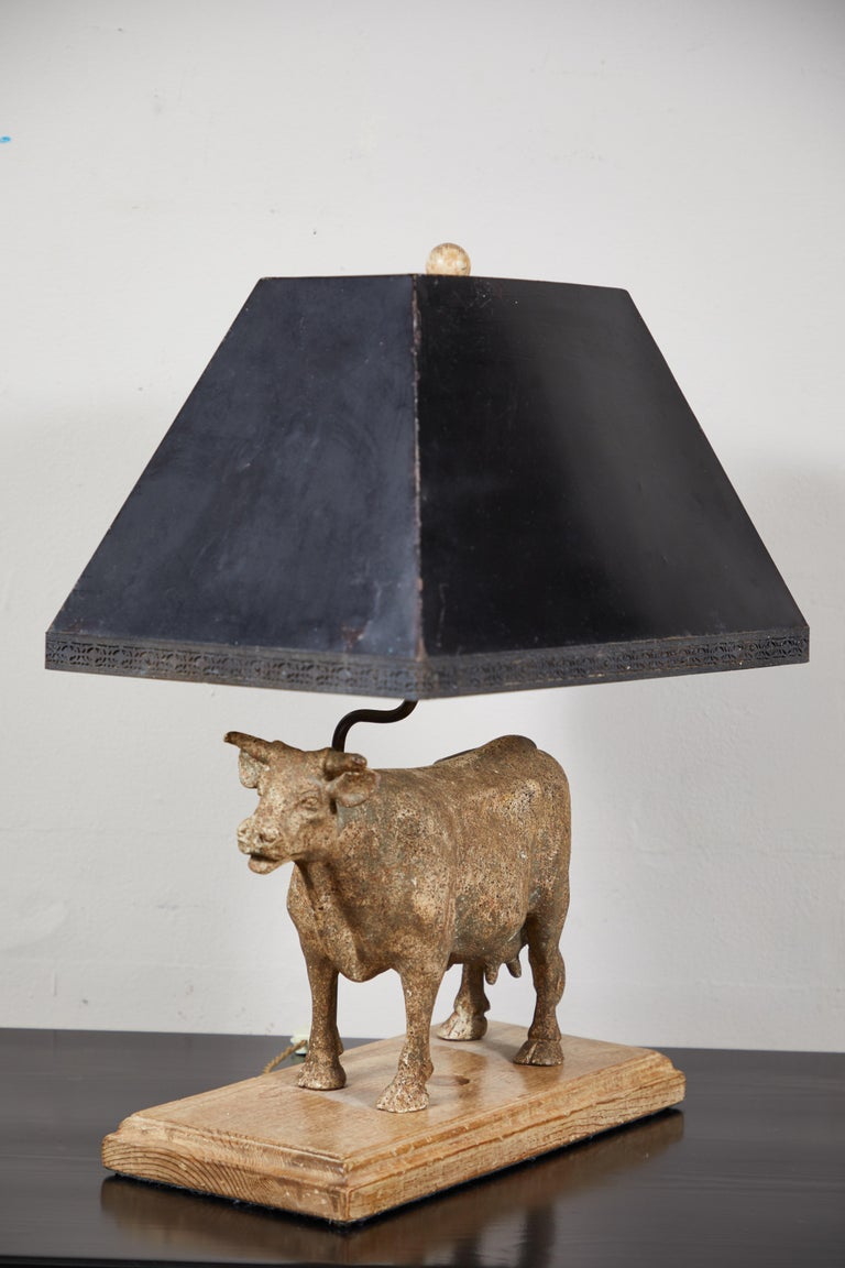 Vintage Cow Lamp In Good Condition For Sale In Los Angeles, CA