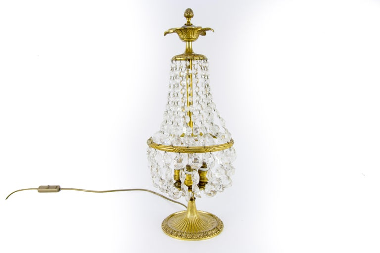 French Vintage Crystal and Bronze Basket Table Lamp For Sale