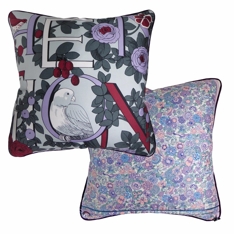 English Vintage Cushions, Bespoke-Made Luxury Silk Pillow, 'National Trust' Made in UK For Sale