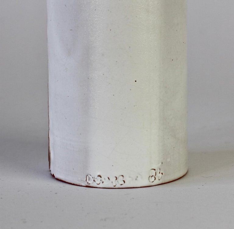 Vintage Czechoslovakian Organic Ceramic White Pottery Vase by Jiří Dudycha For Sale 5