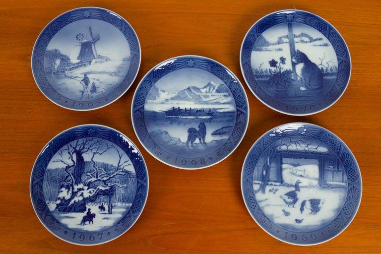 Porcelain Vintage Danish Christmas Plates, Set of 20 For Sale