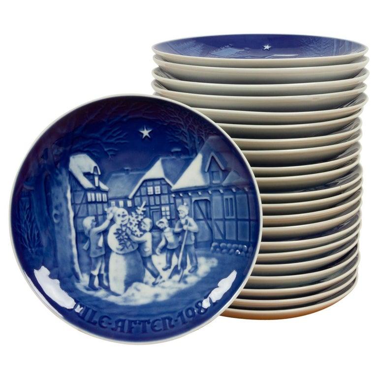 Vintage Danish Christmas Plates, Set of 23 For Sale