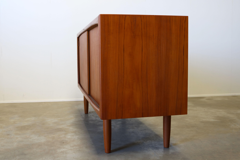 Danish Office Credenza : Decor alluring natural brown wood danish modern furniture teak