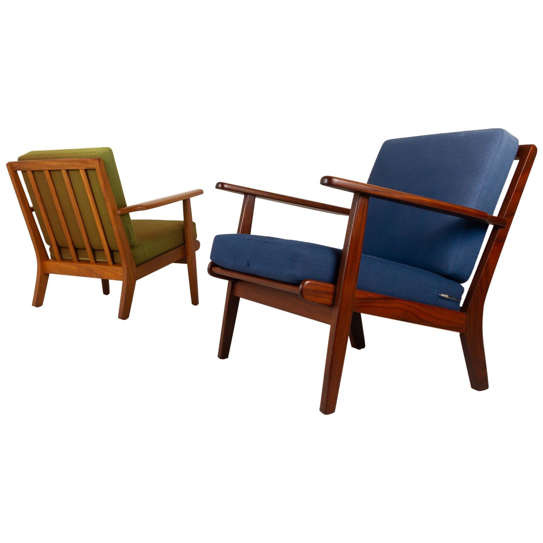 Vintage Danish Lounge Chairs by Aage Pedersen for GETAMA 1960s, Set of 2