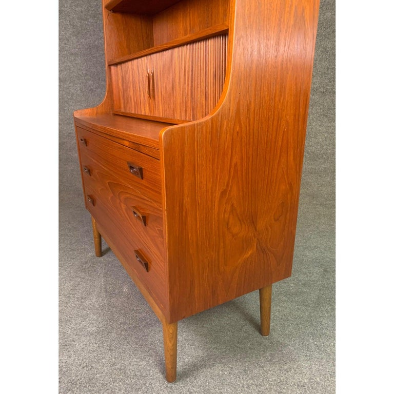 Vintage Danish Mid-Century Modern Teak Secretary Bookcase by Johannes Sorth #1 In Good Condition For Sale In San Marcos, CA