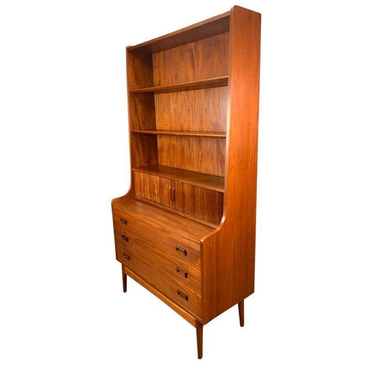 Vintage Danish Mid-Century Modern Teak Secretary Bookcase by Johannes Sorth In Good Condition For Sale In San Marcos, CA