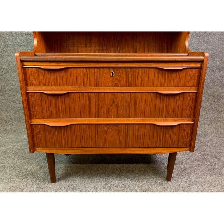 Vintage Danish Mid-Century Modern Teak Secretary In Good Condition For Sale In San Marcos, CA