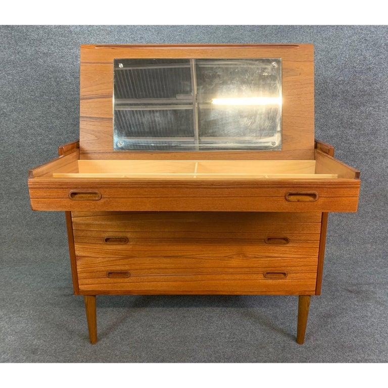 Vintage Danish Mid-Century Modern Teak Vanity Dresser 5