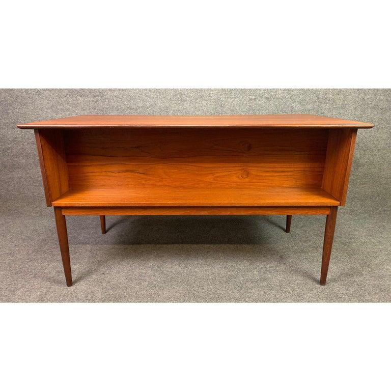 Woodwork Vintage Danish Mid-Century Modern Teak Writing Desk in the Manner of Arne Vodder For Sale