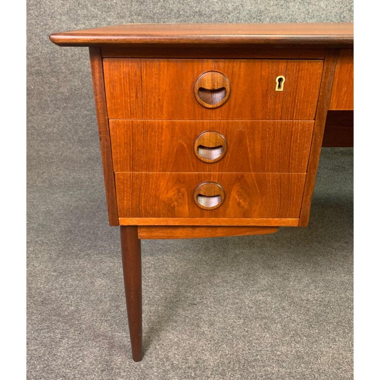 Mid-20th Century Vintage Danish Mid-Century Modern Teak Writing Desk in the Manner of Arne Vodder For Sale