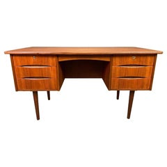 Vintage Danish Mid-Century Modern Teak Writing Desk in the Manner of Arne Vodder
