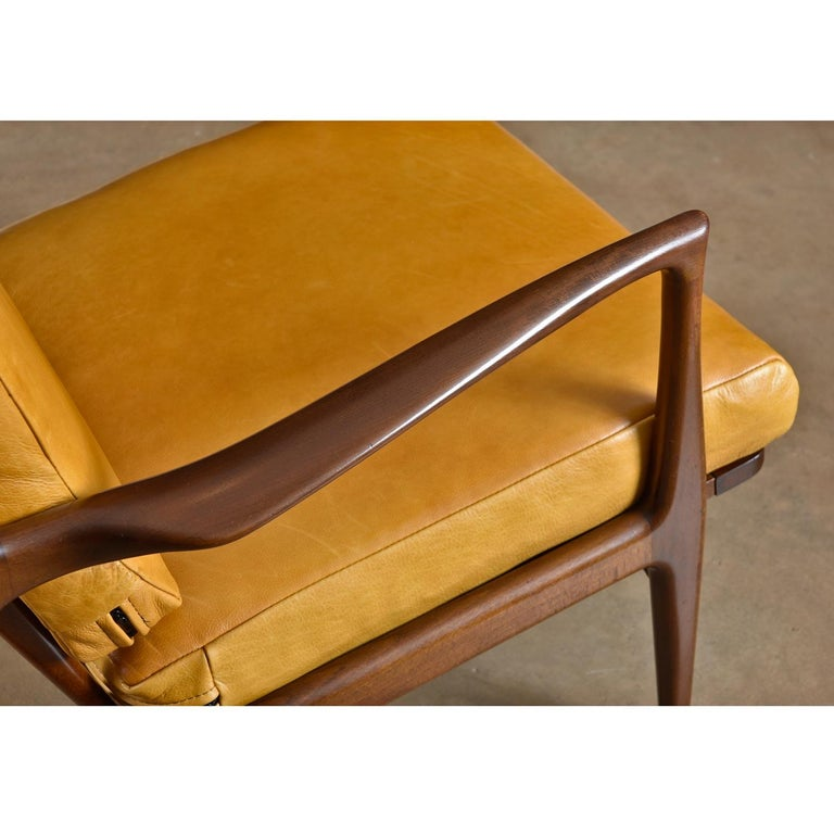 Vintage Danish Modern Ib Kofod-Larsen Sculpted Blade Arm Lounge Chair for Selig For Sale 4