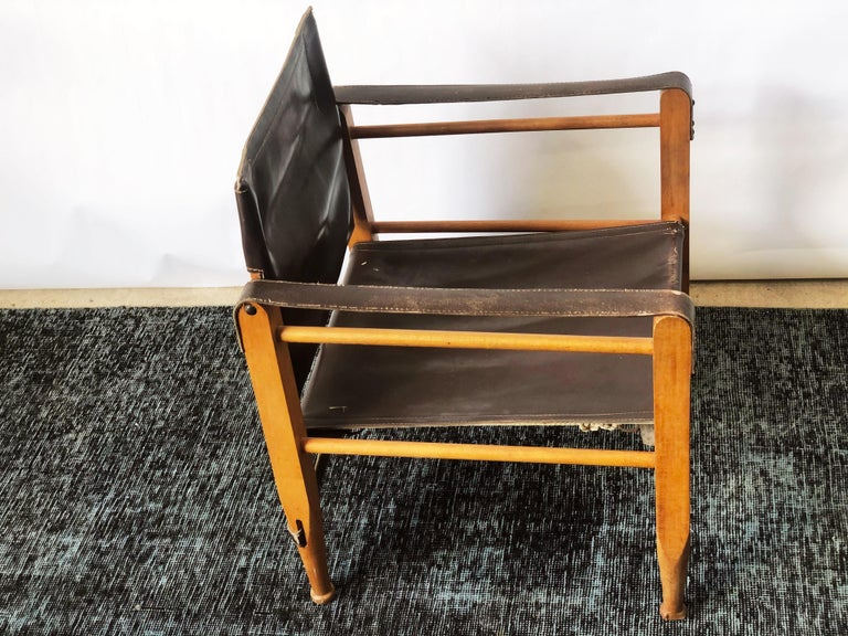 Vintage Danish Modern Leather and Beechwood Safari Chair, circa 1960s In Good Condition For Sale In San Antonio, TX