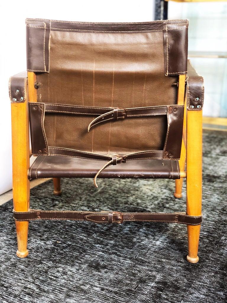 Mid-20th Century Vintage Danish Modern Leather and Beechwood Safari Chair, circa 1960s For Sale