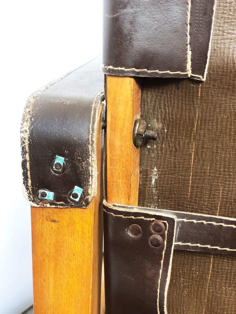 Vintage Danish Modern Leather and Beechwood Safari Chair, circa 1960s For Sale 2