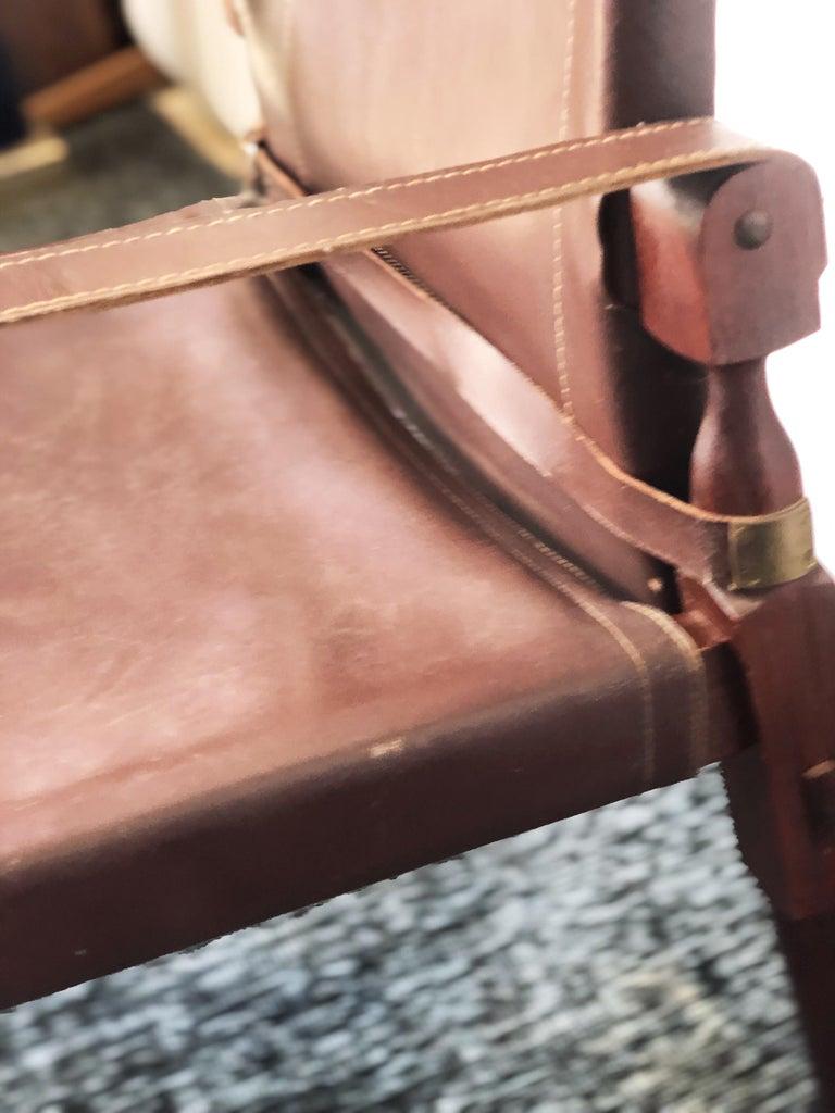 Mid-20th Century Vintage Danish Modern Leather and Mahogany Safari Chair, circa 1960s For Sale