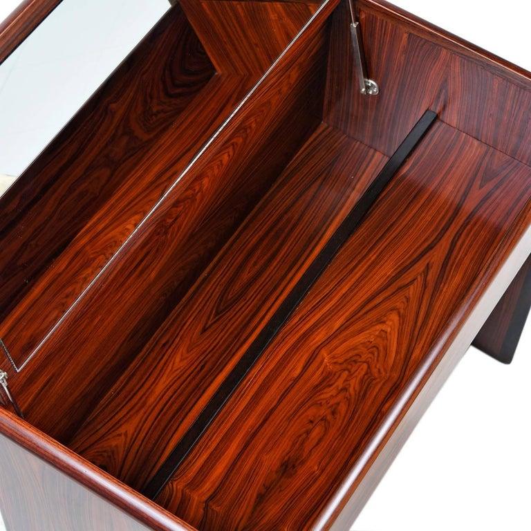 Vintage Danish Modern Rosewood Flip-Top Storage Vanity Desk and Stool Set In Excellent Condition For Sale In Saint Petersburg, FL