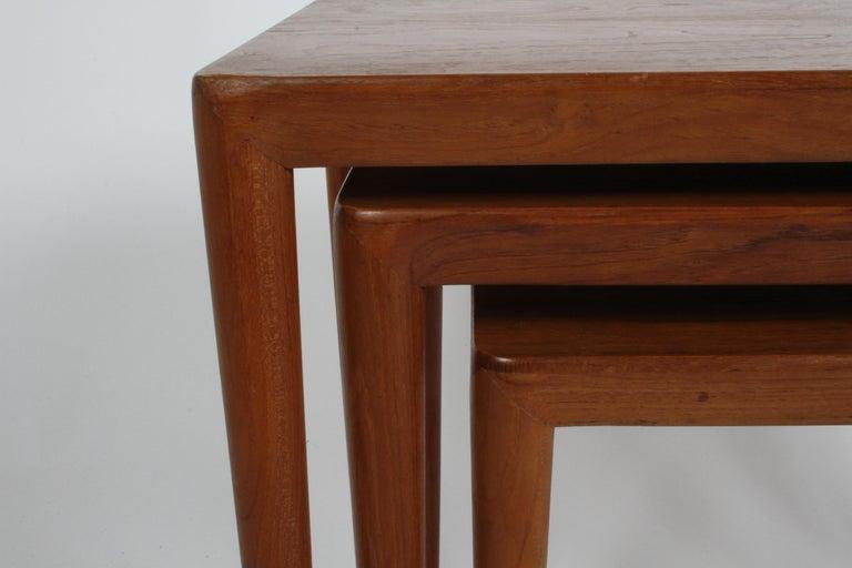 Vintage Danish Modern Set of 3 Teak Nesting Tables Retailed by Illums Bolighus For Sale 7