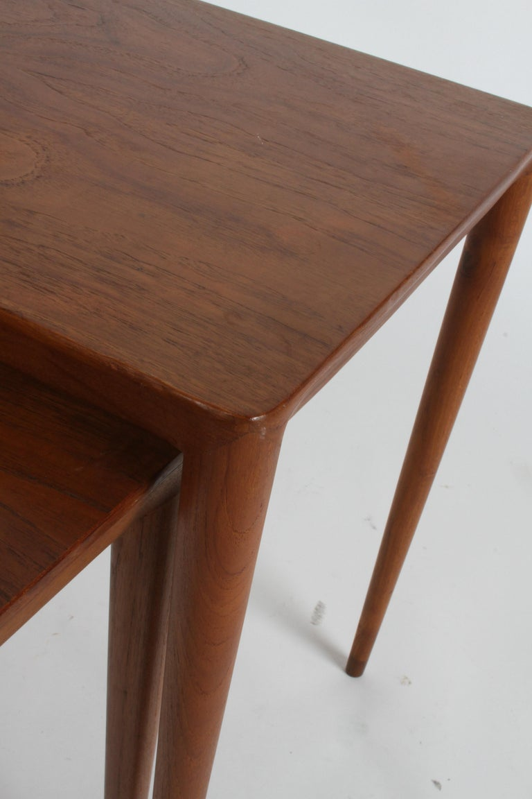 Vintage Danish Modern Set of 3 Teak Nesting Tables Retailed by Illums Bolighus For Sale 11